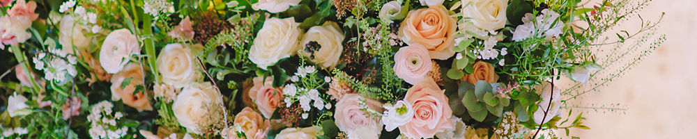wedding flower trends 2020